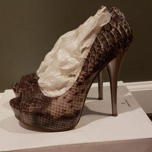 Steve Madden Shoes - Snakeskin high heels